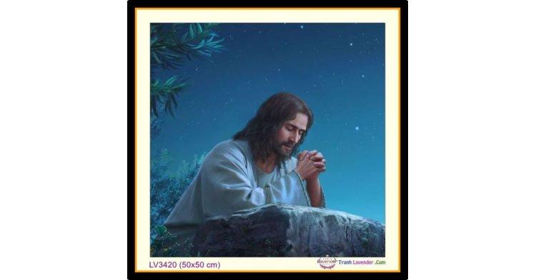 [T-LV3420] Tranh thêu chữ thập Chúa Giê-su (Jesus) Cầu Nguyện khổ nhỏ (50x50 cm)